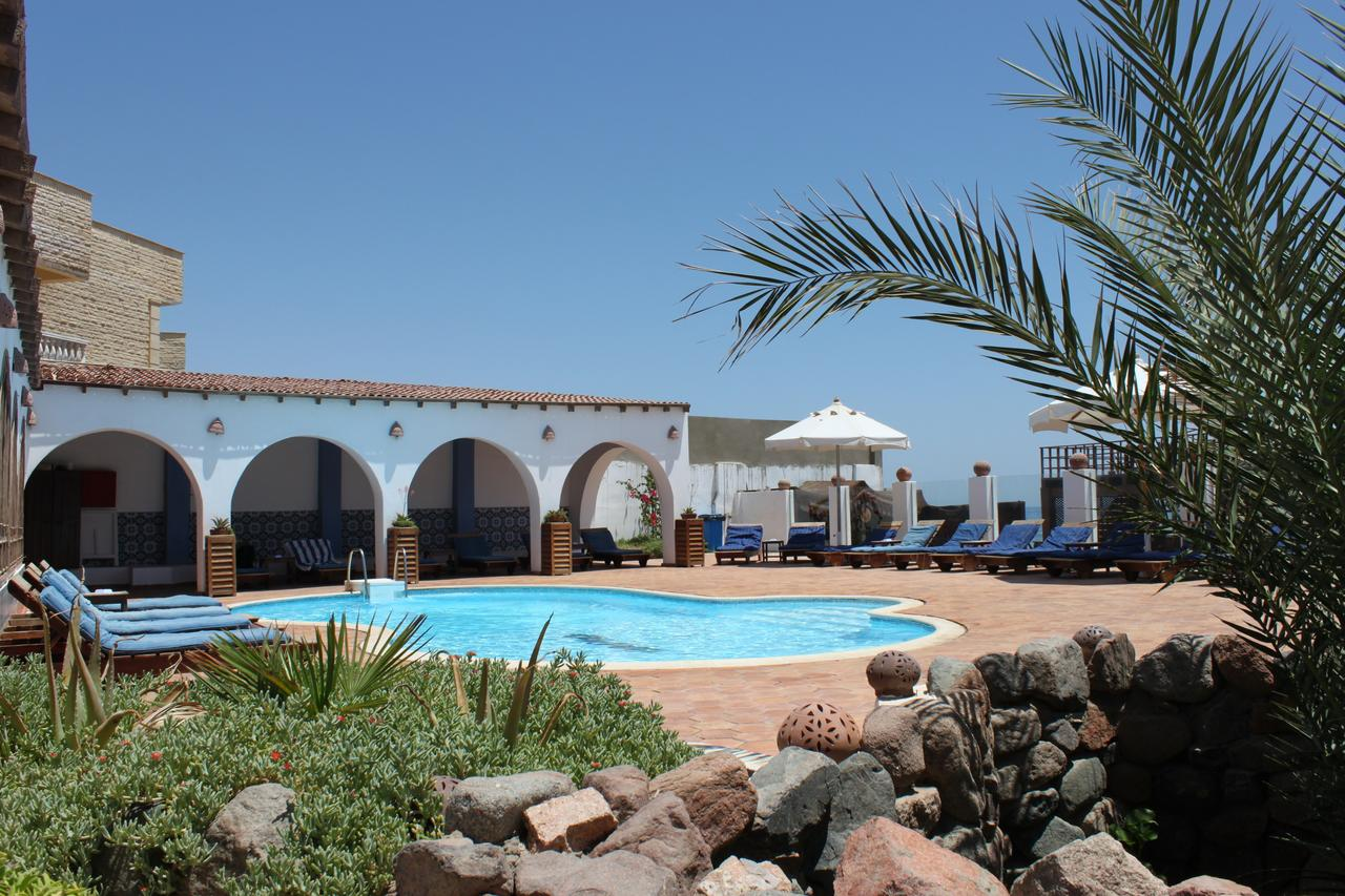 Blue BEACH CLUB 1
